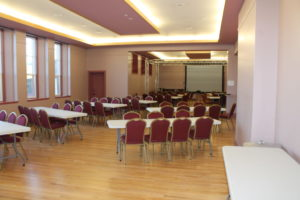 7 BR Seating 90 Banq+Buffet
